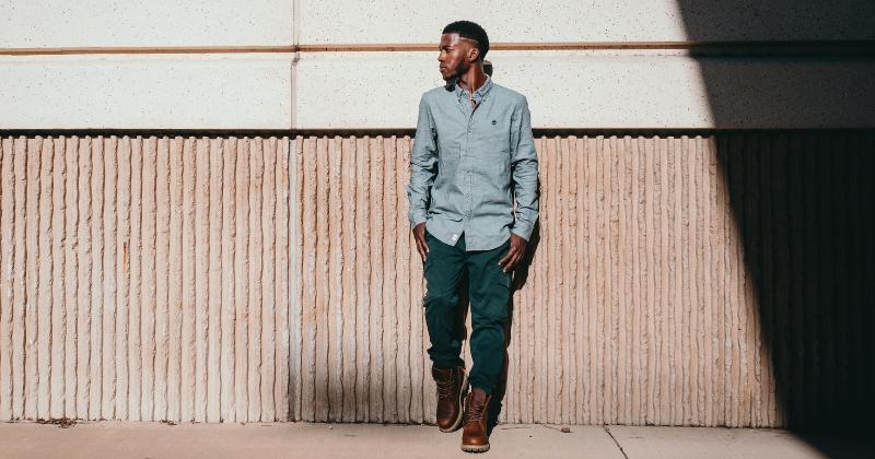 Camisa Social com Calça Jeans — Como Combinar as Duas Peças para o Dia a Dia