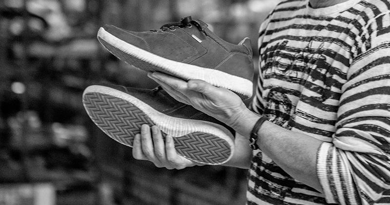 Como é produzido o calçado Freeway?