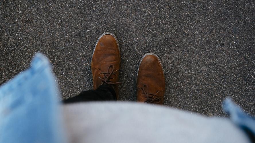Sapatos Masculinos para Caminhada — Conheça os Calçados para Caminhadas Leves!