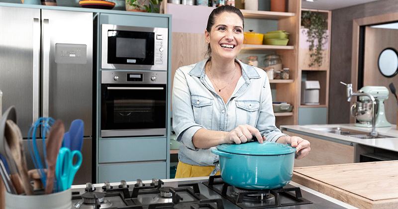 Tudo na Panela: Carol Fiorentino comanda nova atração do Food Neetwork